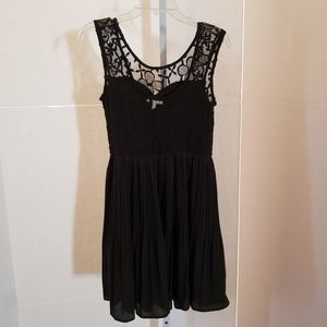 Monteau Dresses - Monteau black lace dress sz Medium